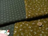 和風コットン生地・リバーシブル 桜と麻の葉(金茶/深緑)