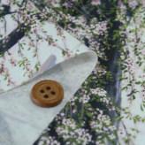 和柄コットン生地 山桜(ほんのりピンク)