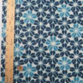 和柄コットン生地 藍染め風 割れ花弁の桜柄(藍色)