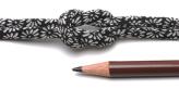 ちりめん丸ひも・小紋調柄・4ミリ(実寸約5-6ミリ) 菊菱