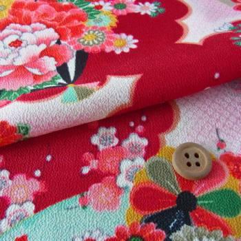 一越ちりめん・扇に菊と牡丹(深紅):カットクロス