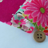 一越ちりめん・扇に菊と牡丹(赤紫):カットクロス