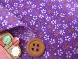ちりめん生地・金彩桜散らし(紫)