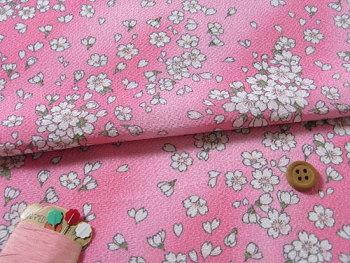 ちりめん生地・桜ひらり(ピンク)