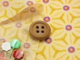 ちりめん生地・麻の葉の万華鏡(からし色)