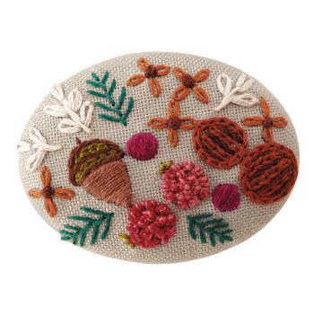 手作りブローチキット フランス刺しゅう 木の実