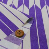 ポリちりめん生地 大きな矢絣(紫)