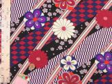 ポリちりめん生地・斜め市松に花(黒)