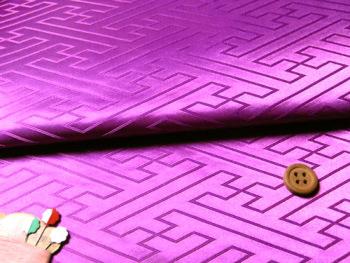 ジャカード生地・立体さやがた(紫)