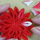つまみ細工 手毬菊のかんざし(赤色)